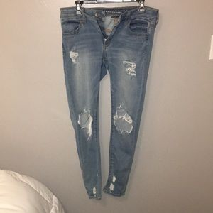 american eagle stretchy jeans